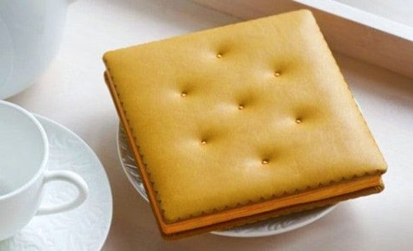 A cheese cracker that's worth a thousand words.