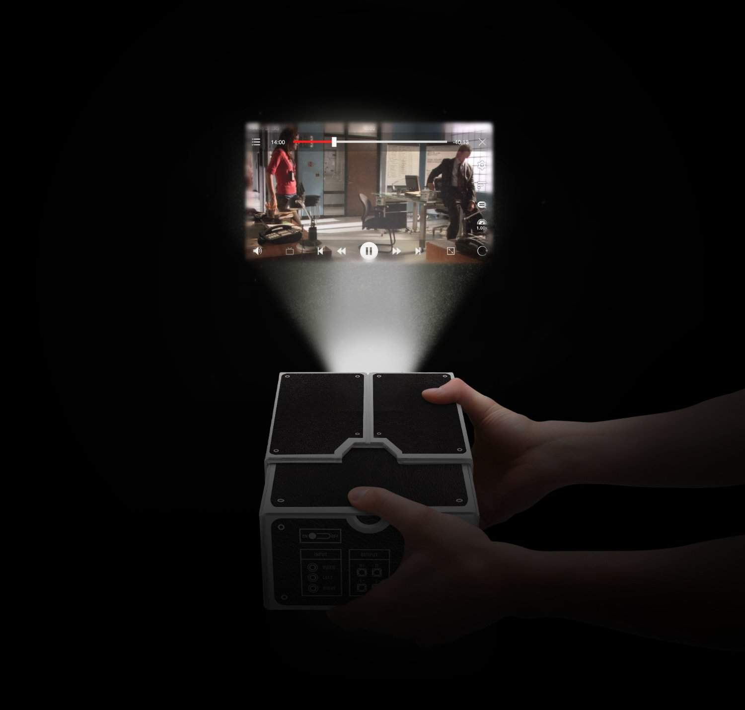 Luckies of london smartphone projector noveltystreet for Iphone movie projector