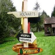 Solitude Valley Fantasy Movie Sign Set to Hogwarts