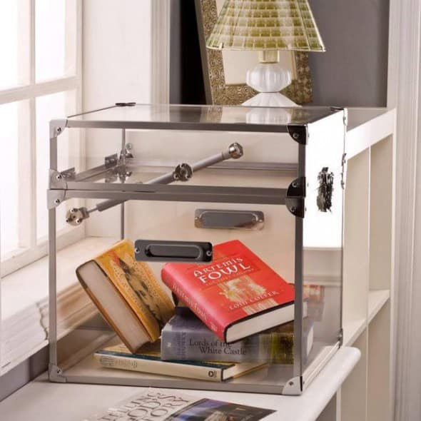 Put things in storage without forgetting where they are.