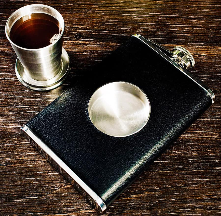 Does your flask come with shot glass?