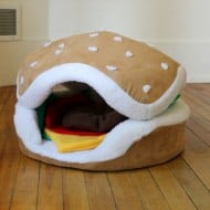 The Cats Paw Botique Hamburger Cat and Small Dog Bed Cute Pet Furniture