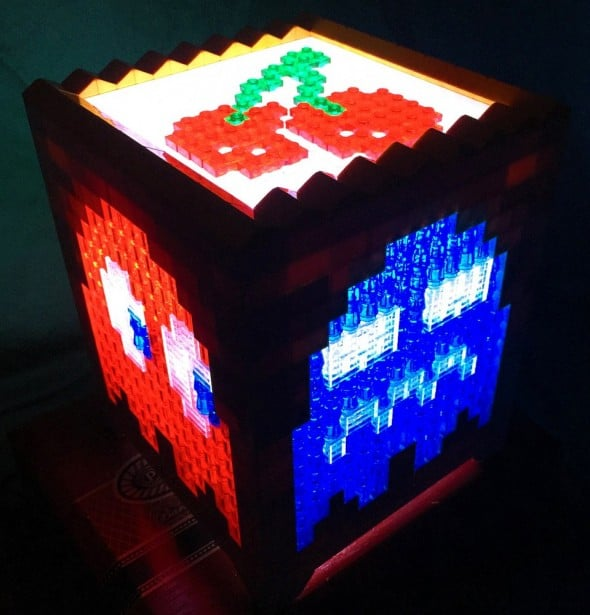 Light up your retro lamp, look for the cherry and avoid ghosts.