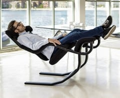 Sit and relax on zero gravity position.