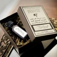 For Strange Women Winter Kitty Natural Perfume Oil Aroma Fragrance