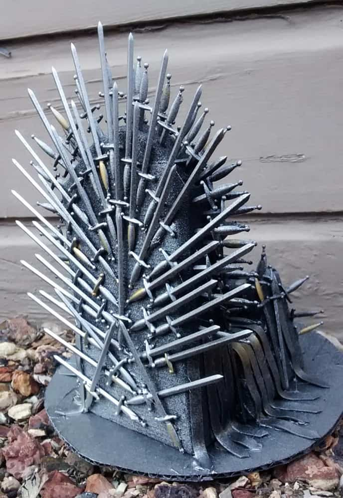Pay the iron price iron throne phone holder noveltystreet for Buy iron throne chair