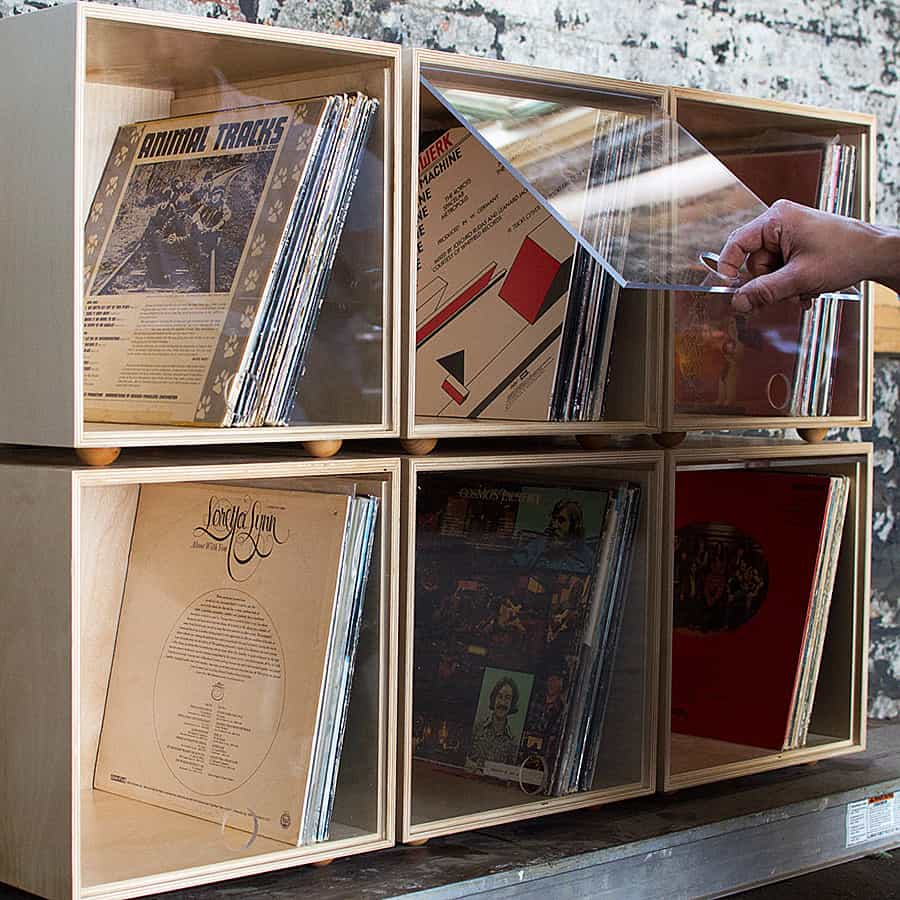 Organize your old tunes in modern boxes.