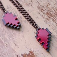 nastalgame-pixel-heart-acrylic-necklace-couple-accessory