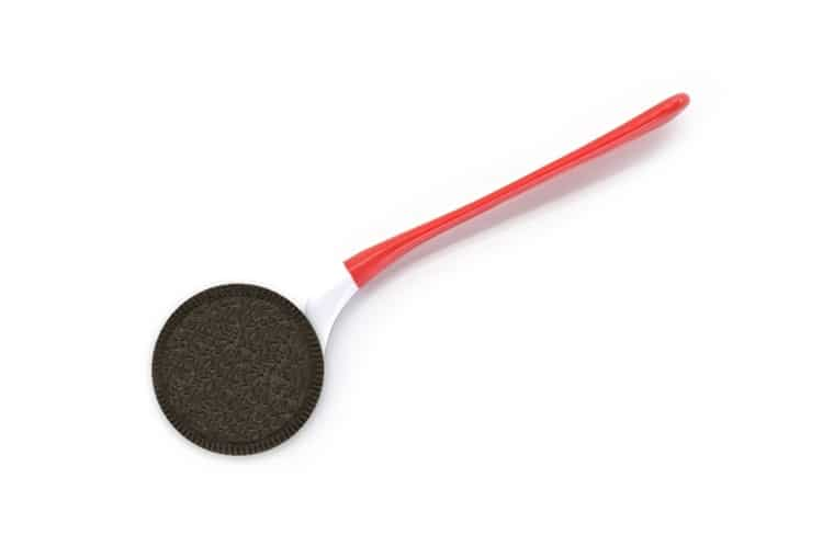 The Dipr Red Spoon