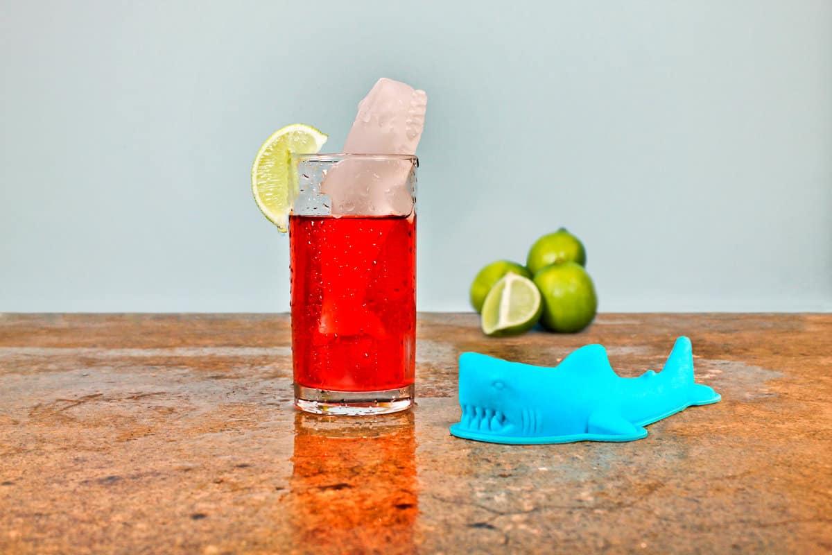 3d Shark Ice Mold Lemon Ice Tea