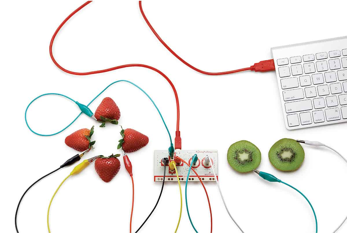 MaKey MaKey The Original Invention Kit for Everyone Fruit Controller