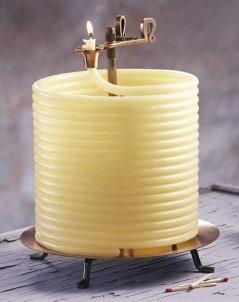 Get 144 hours of vintage candle light.