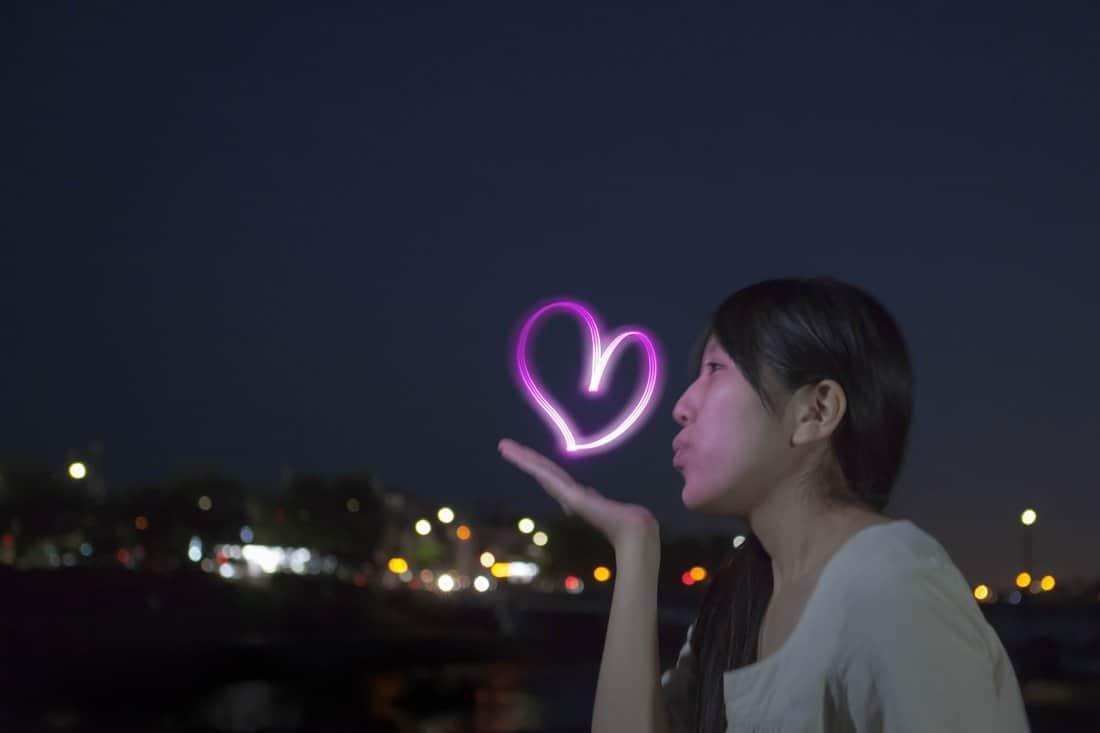 Yozora Oekaki Art Penlight Pink Flying Kiss