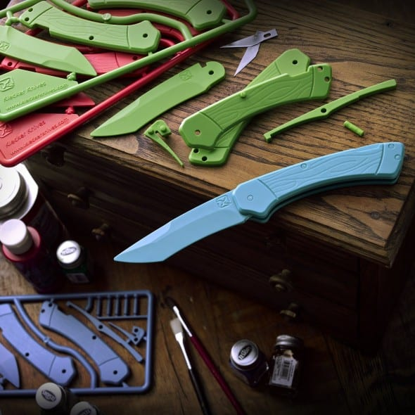 Do it yourself cool plastic trigger knife kit!