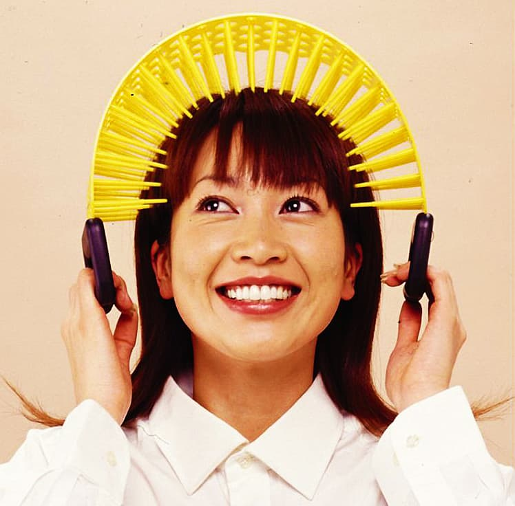 Kenzan-Japanese-Head-Massager-Tension-Reliever Buy Weirdest Gift