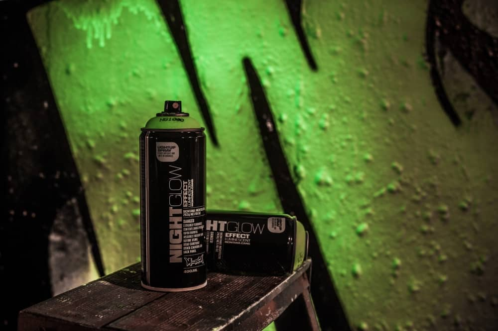 Montana Night Glow Spray Paint Black Cans