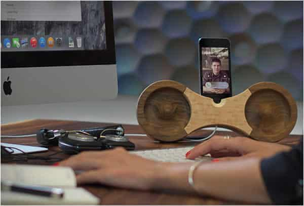 Eight iPhone Amplifier and Dock Novelty