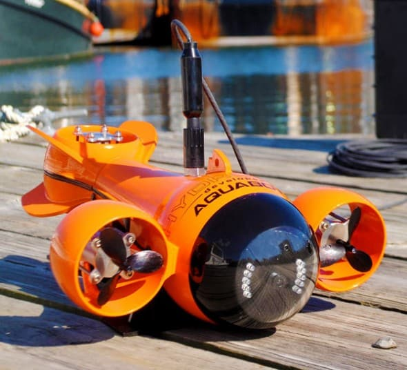 HydroView-Remote-Controlled-Underwater-Vehicle-Video-Camera-HD-Photos-Exploration