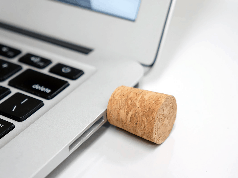 Message in a Bottle USB Flashdrive in a Cork