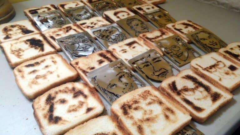 Selfie Toaster Toast Samples