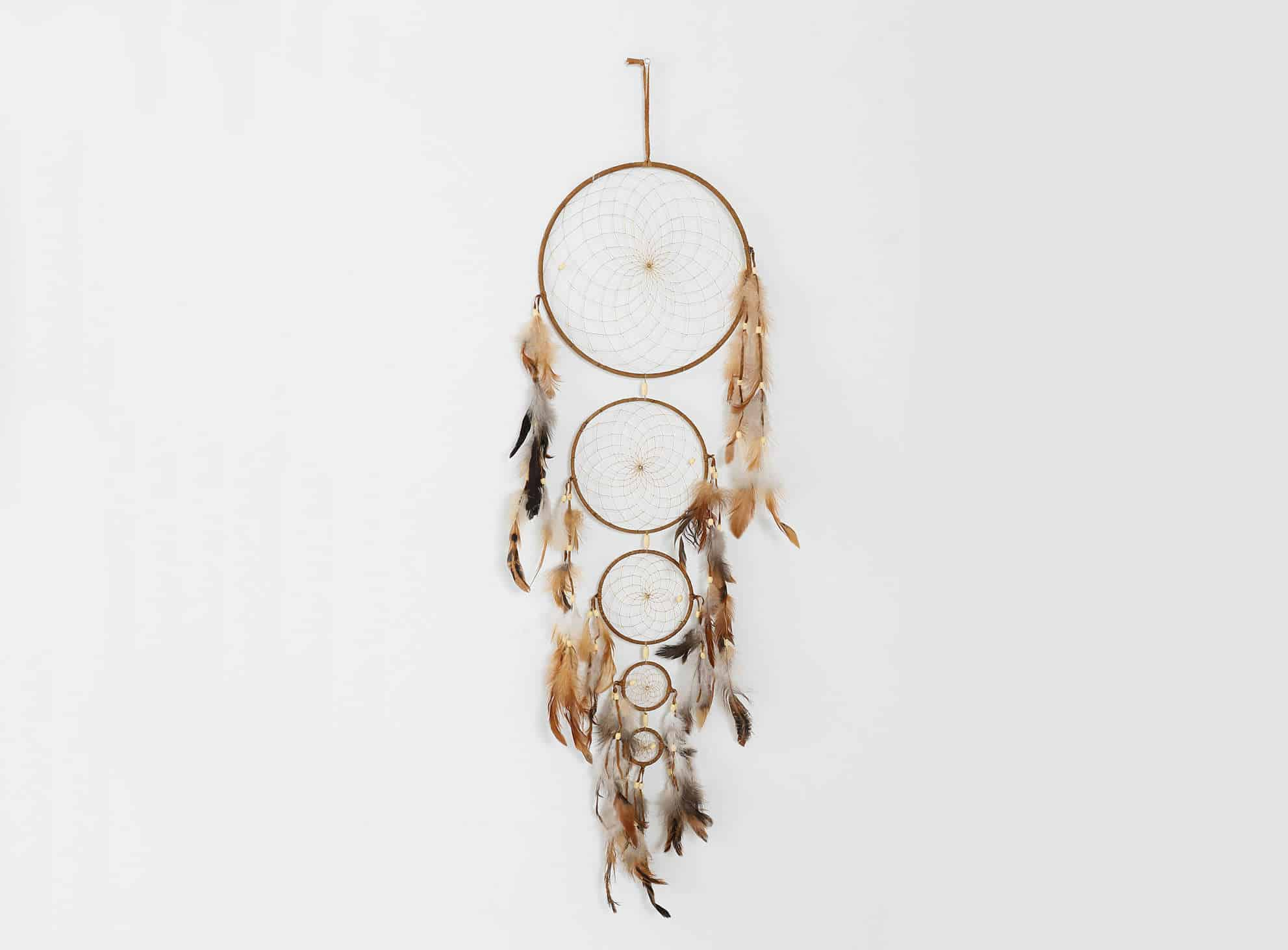 Tiered Dreamcatcher Cool Country House Design