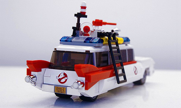 Lego Ghostbusters Ecto-1 Cool Retro Cadillac Car Model