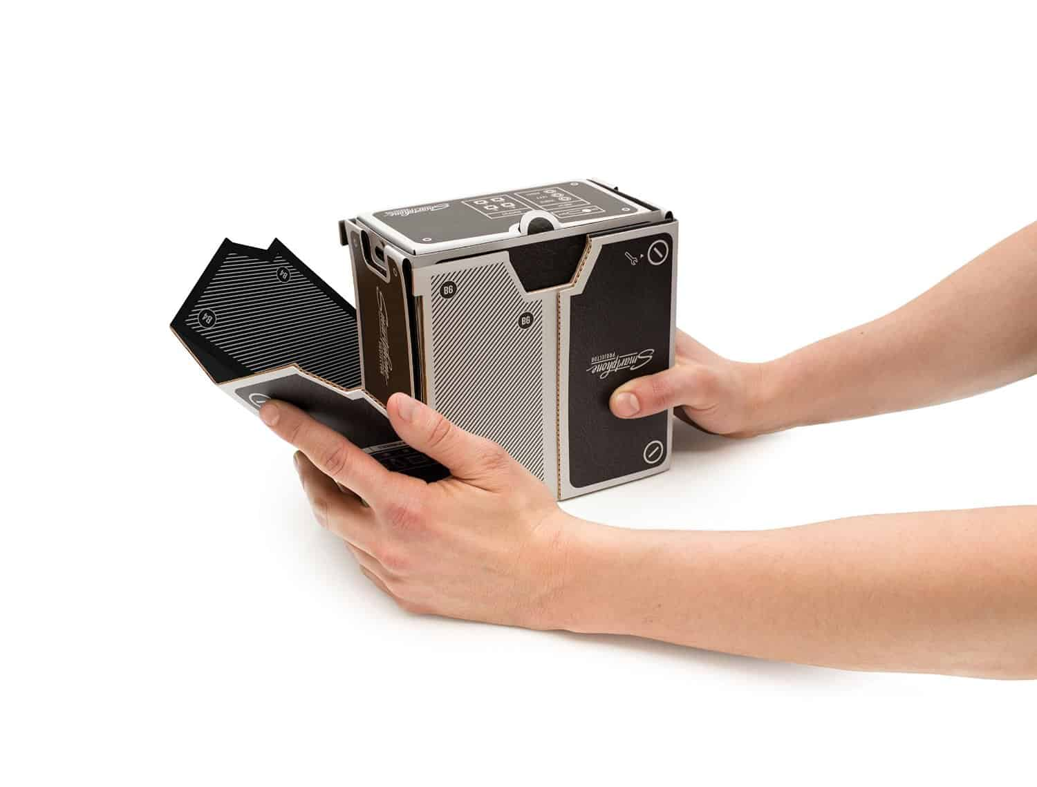Luckies Smartphone Projector Super Required in Assembly