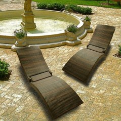 The rattan loungers, they fold!