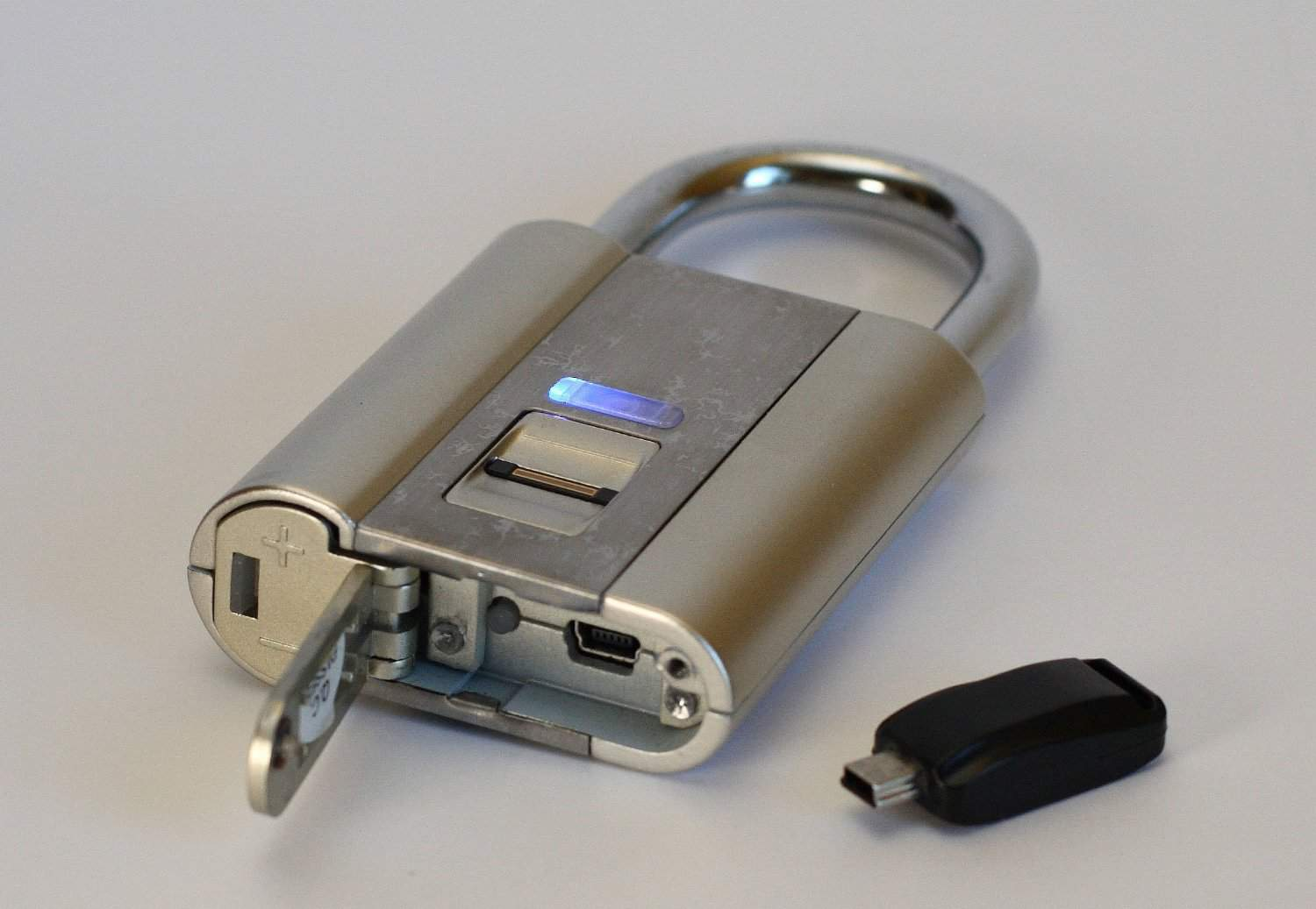 iFingerLock Fingerprint Biometric Padlock Digital Security