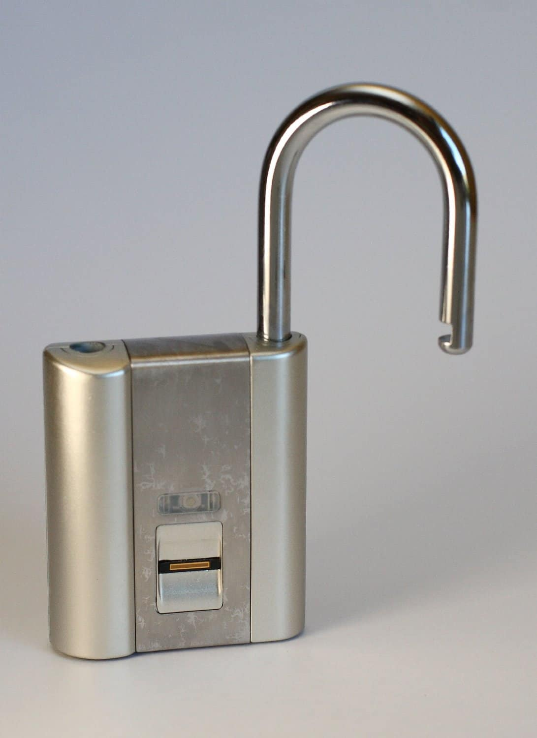 iFingerLock Fingerprint Biometric Padlock Fits Most School Lockers