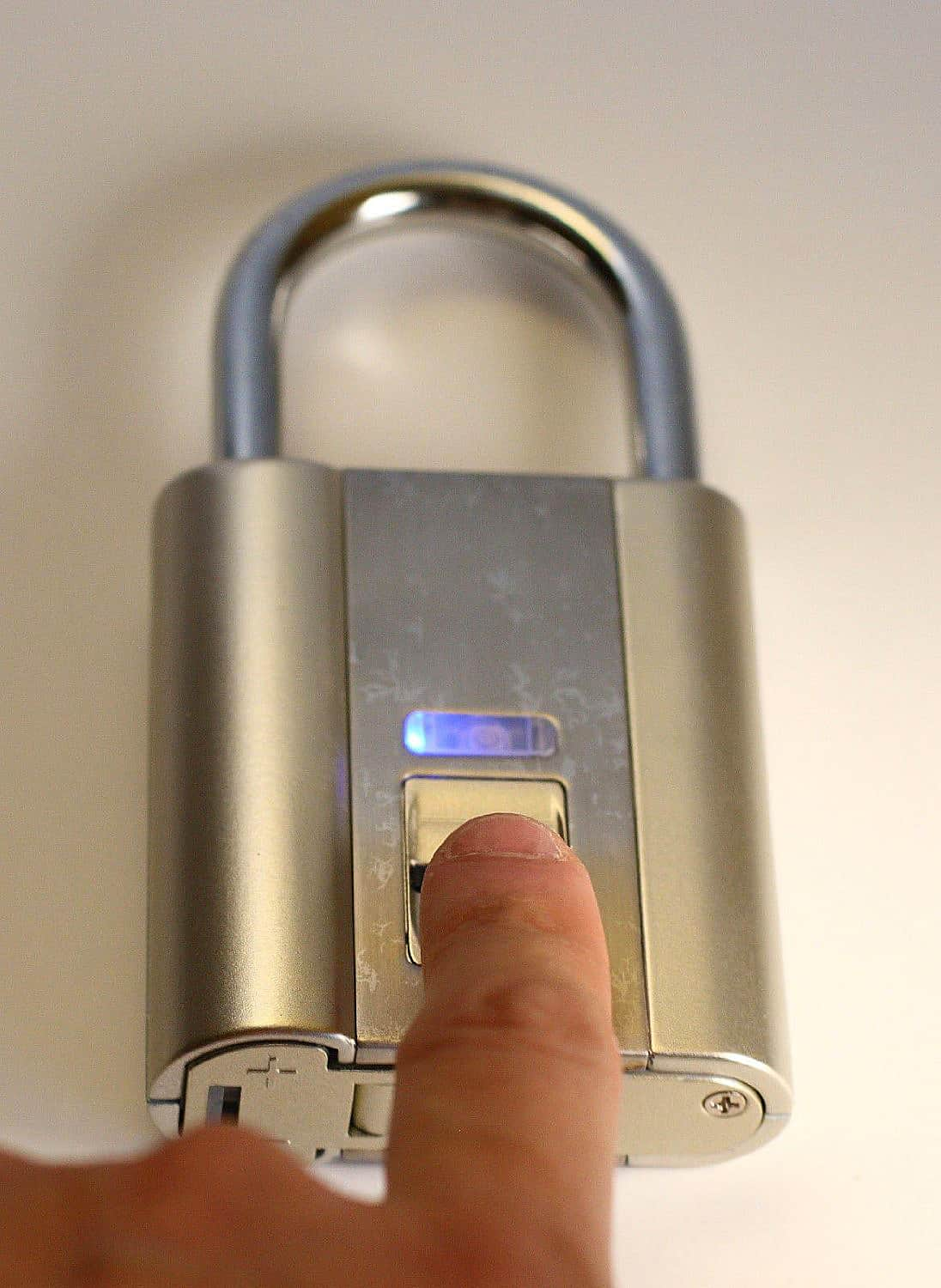 iFingerLock Fingerprint Biometric Padlock School Security