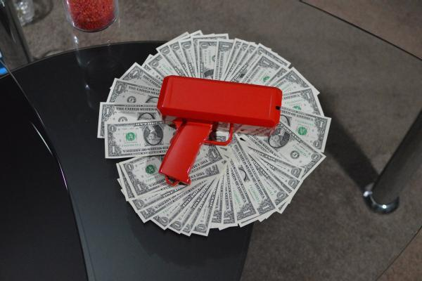 Cash Cannon Make it Rain Money