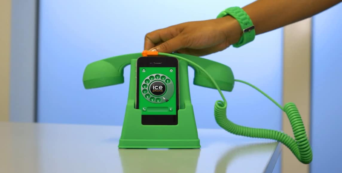 Ice Phone Retro Phone Dock and Handset Cheap Gift Idea for Kids