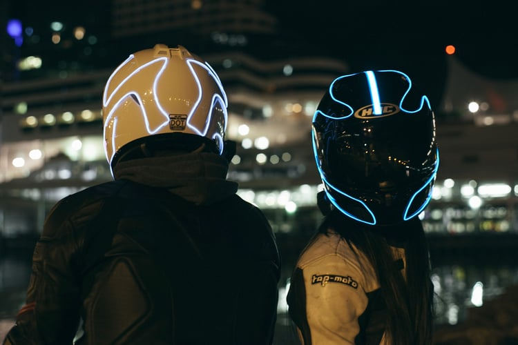 LightMode Electroluminescent Motorcycle Helmets Cool Stuff to Buy Riders