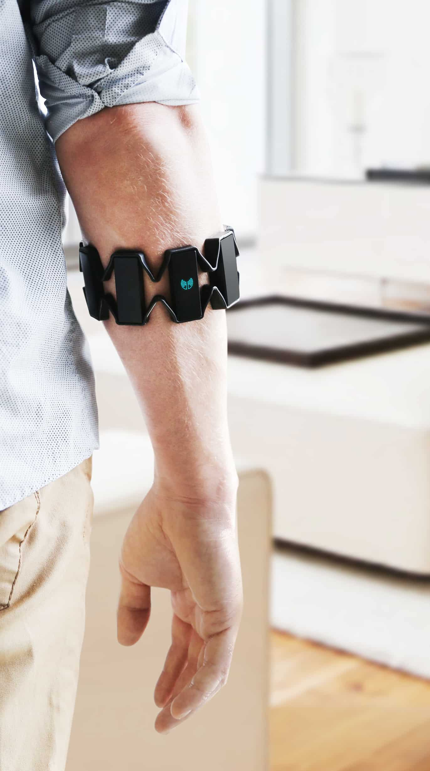 Myo Gesture Control Armband  Unique Gift Idea