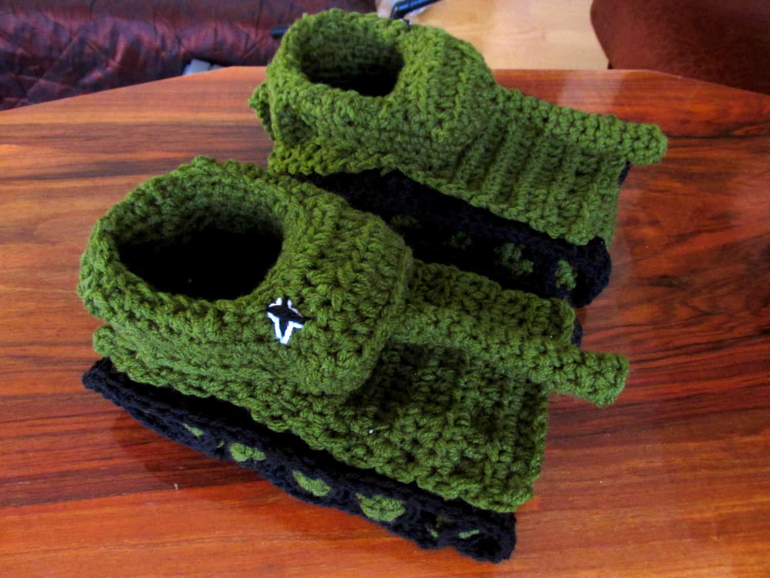 Knitting Pattern For Army Tank Slippers : Paintcrochet Panzer Tank Crochet Slippers - NoveltyStreet