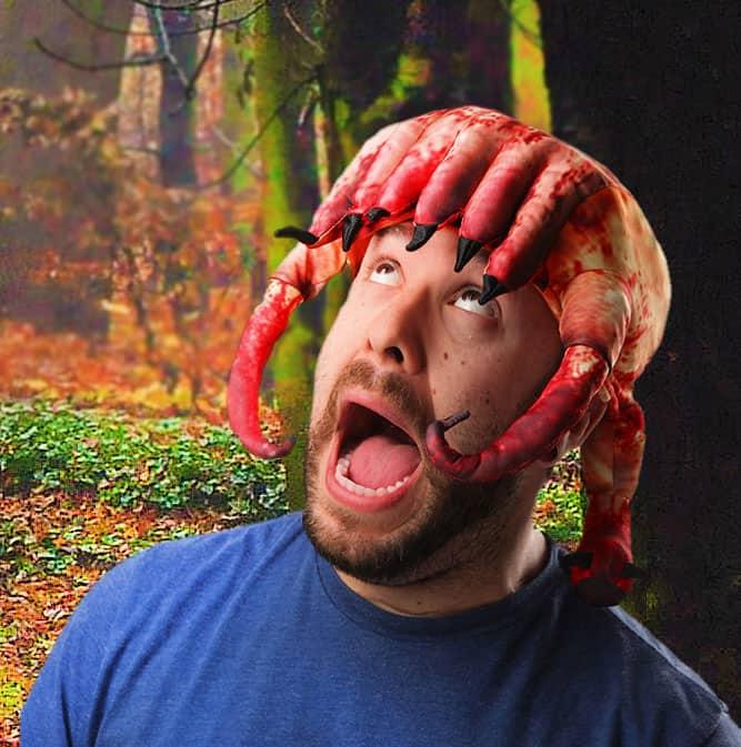 Thinkgeek-Half-Life-HeadCrab-Hat-Cool-Halloween-Costume-to-Buy