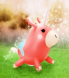 It's a real life Balloonicorn!