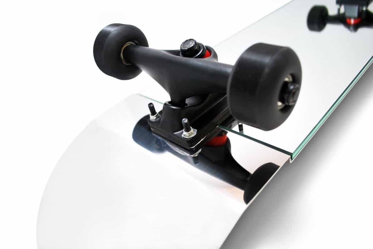 Suck UK Skate Mirror Black Wheel