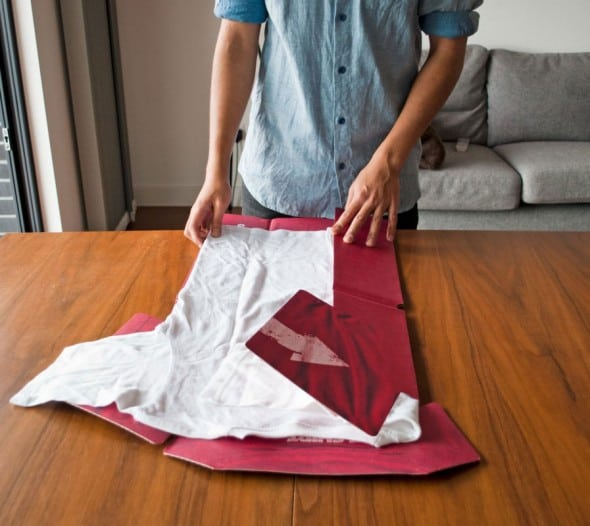 Fold t-shirts perfectly everytime.