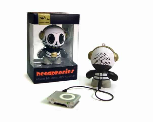 Mobi Headphonies Portable Speakers Skull Functional Art Toy