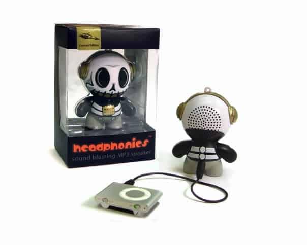 Mobi Headphonies Portable Speakers Skull Functional Art Toy