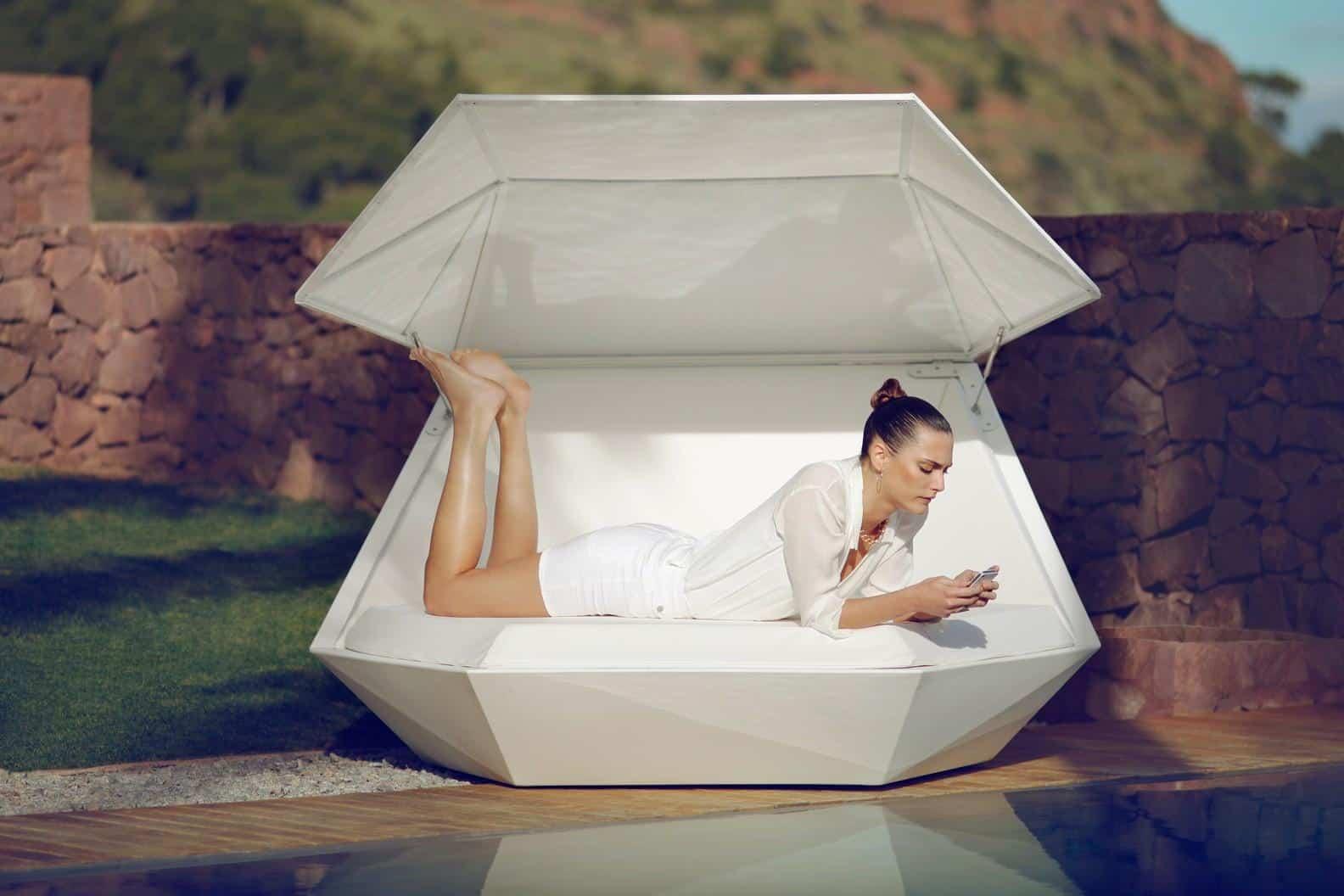 Vondom Faz Illuminated Daybed Cool Garden Furniture to Buy