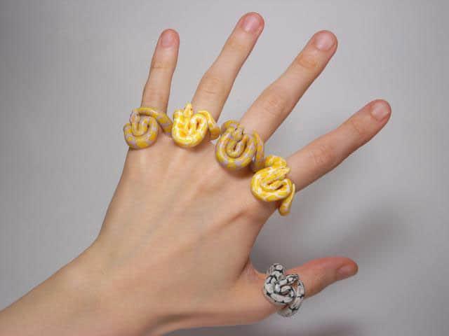 Street Fashion Ring Hand