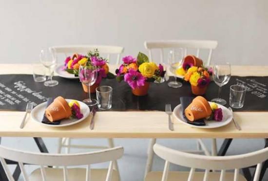 Jaq Jaq Bird Chalk Board Table Runner Gourmet Setting