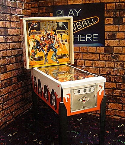 Pinball Arcade Miniature Pinball Table Kiss Metal Band Memorabilia