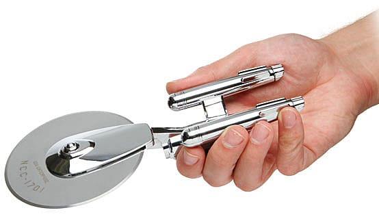 ThinkGeek Star Trek Enterprise Pizza Cutter Sci Fi Fan Gift Idea