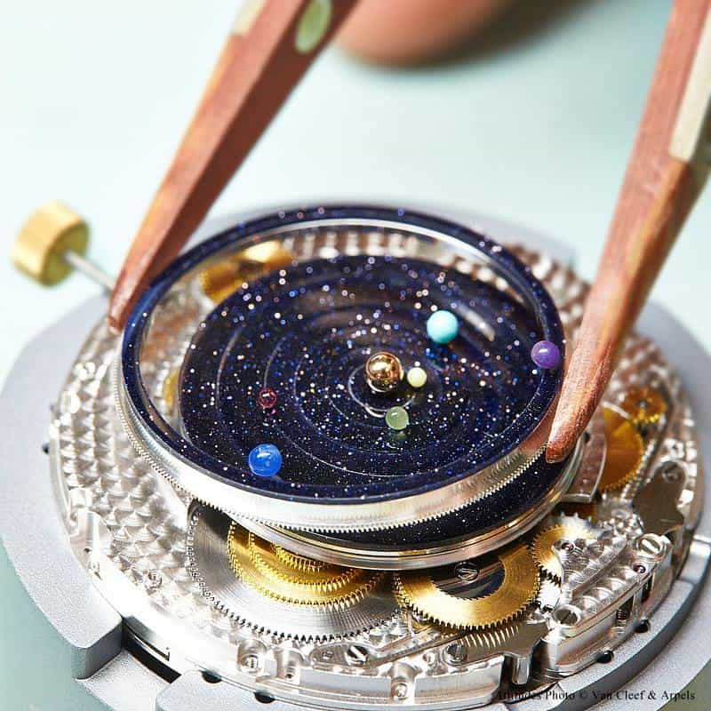 Van Cleefe & Arpels Midnight Planétarium Timepiece Dissected