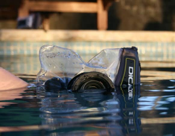 Dicapac WP-S10 Waterproof Case  Submerged