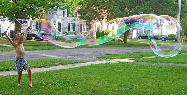 Extreme Bubbles Portable Giant Bubble Grab & Go Kit Fun in the Yard